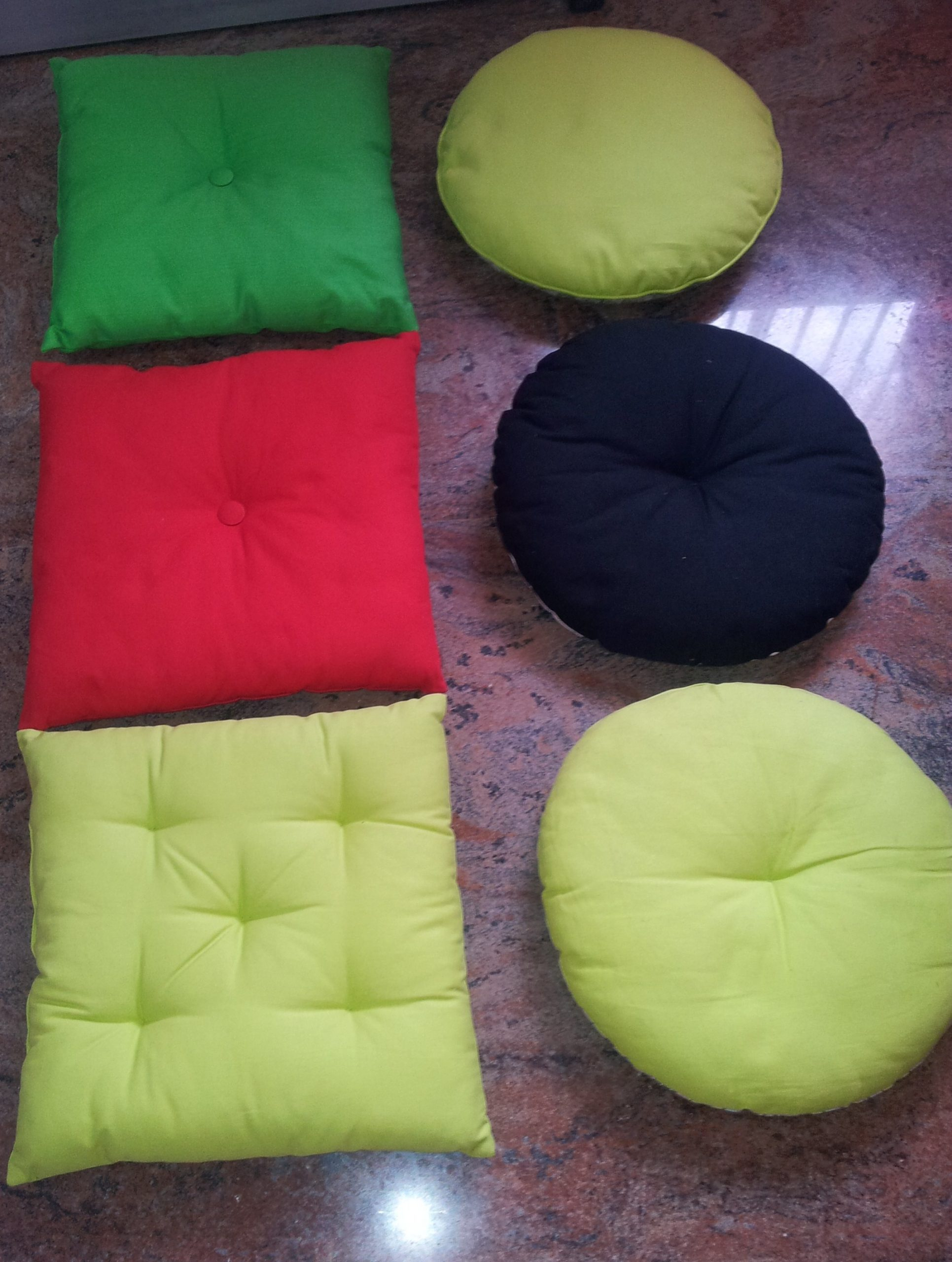 Filled cushion