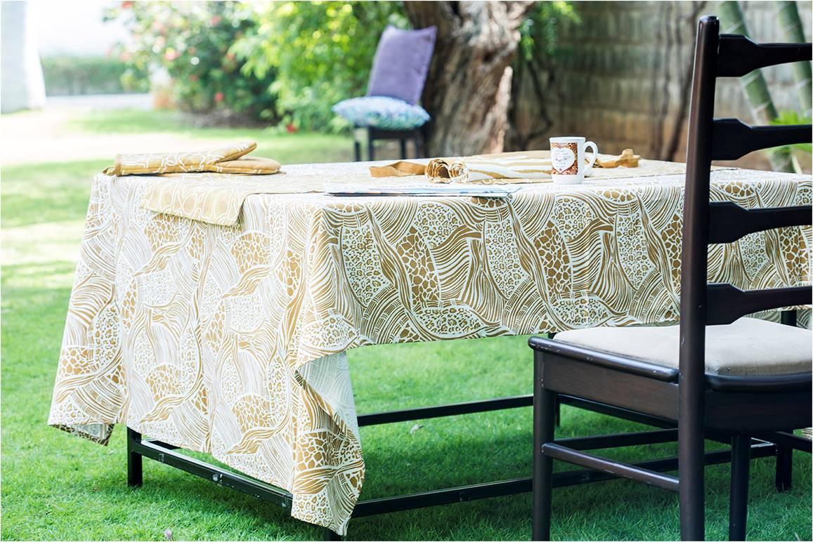 Tablecloth 12